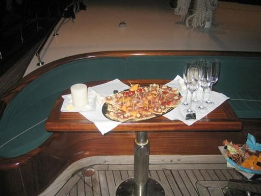 A tavola aperitivo2