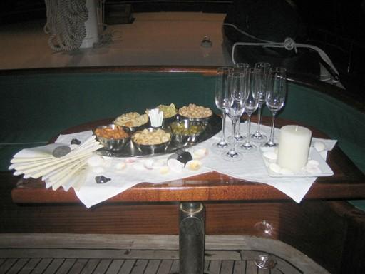 A tavola aperitivo1