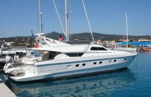 Ferretti 54 Fly Charter - Dall'Aglio Yachting