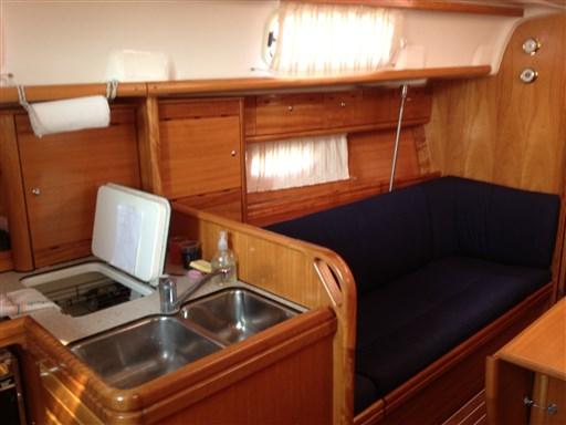 Bavaria 37 Cruiser (12)