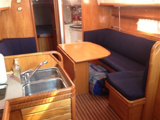 Bavaria 37 Cruiser (9)