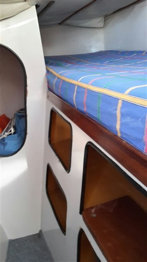 Catalac 30 catamarano (2)